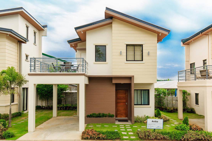 4 Bedroom Two Storey House Model With Floor Plans And Interior Shots Pinoy Eplans