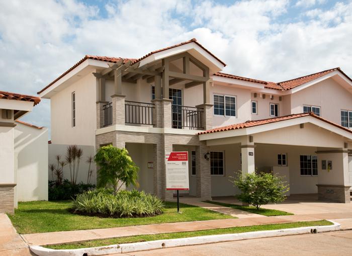 Luxury-Duplex-House-plan-1