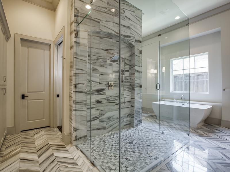 Luxury Walk-in Showers That Will Make You Enjoy Your Bath