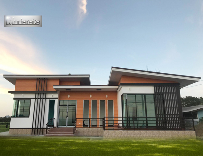 Modern One Story House Design That Promotes Efficiency and Space ...
